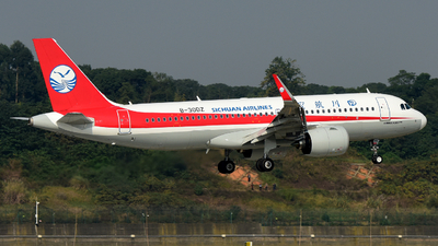 A picture of B30DZ - Airbus A320271N - Sichuan Airlines - © F3E1988