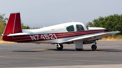 N74521 - Mooney M20B - Private