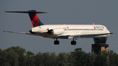 N929DL - McDonnell Douglas MD-88 - Delta Air Lines