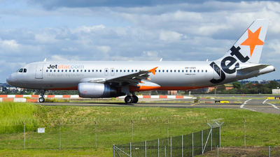 A picture of VHVQH - Airbus A320232 - Jetstar Airways - © YSSYplanespotter