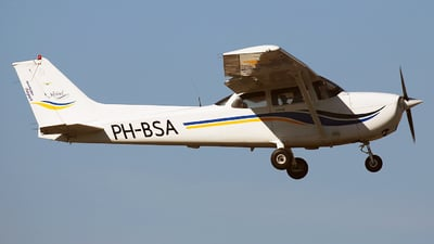 PH-BSA - Cessna 172S Skyhawk SP - Private