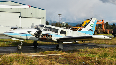 A picture of CGTYH - Piper PA34200 - [347250160] - © Santiago Arias