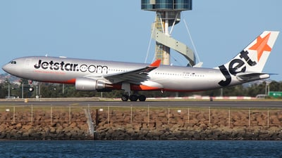 VH-EBR - Airbus A330-202 - Jetstar Airways