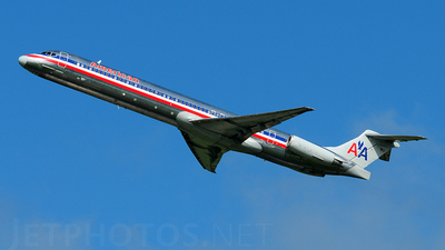 N9403W - McDonnell Douglas MD-83 - American Airlines