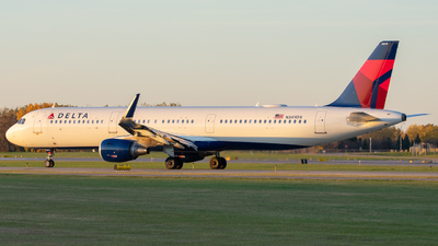 N349DX - Airbus A321-211 - Delta Air Lines