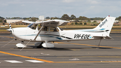 A picture of VHEOE - Cessna 172S Skyhawk SP - [172S10385] - © Michael Walter