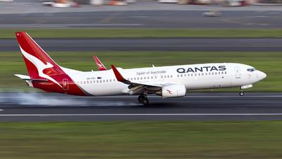 VH-VZL - Boeing 737-838 - Qantas