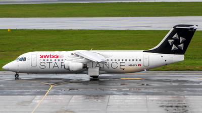 HB-IYV - British Aerospace Avro RJ100 - Swiss