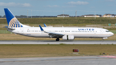 N66893 - Boeing 737-924ER - United Airlines