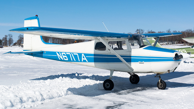 A picture of N6717A - Cessna 172 Skyhawk - [28817] - © John Newsome