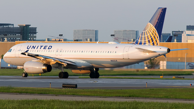 N410UA - Airbus A320-232 - United Airlines