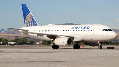 N830UA - Airbus A319-131 - United Airlines