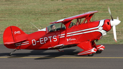 D-EPTS - Pitts S-2B Special - Private