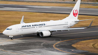 A picture of JA325J - Boeing 737846 - Japan Airlines - © Haneda Spotter
