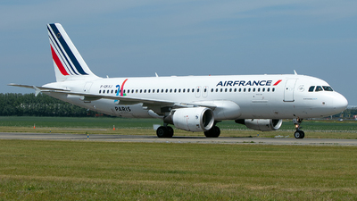 A picture of FGKXJ - Airbus A320214 - Air France - © Freek Blokzijl