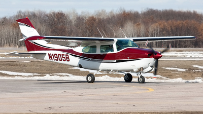 N1905B - Cessna T210M Turbo Centurion II - Private
