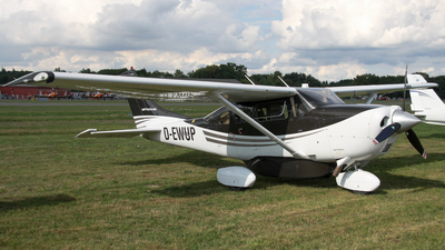 D-EWUP - Cessna T206H Turbo Stationair - Private