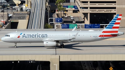 A picture of N901AA - Airbus A321231 - American Airlines - © Jason Whitebird