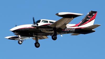 A picture of N17GW - Cessna 310R - [310R0555] - © toyo_69pr