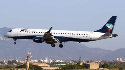 A picture of SPLNN - Embraer E195AR - LOT - © Javier Rodriguez - Amics de Son Sant Joan