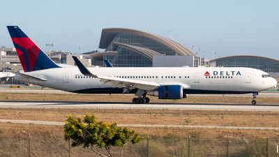 A picture of N152DL - Boeing 7673P6(ER) - Delta Air Lines - © Beck Ramsey