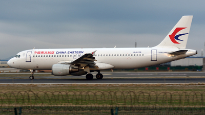 B-2229 - Airbus A320-214 - China Eastern Airlines