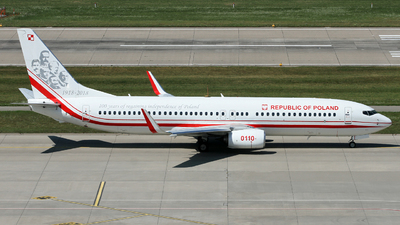 0110 - Boeing 737-86X - Poland - Air Force