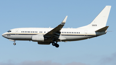 165829 - Boeing C-40A Clipper - United States - US Navy (USN)