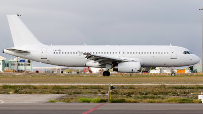 LY-VEL - Airbus A320-232 - Avion Express