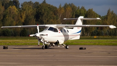 N400YY - Extra 400 - Private