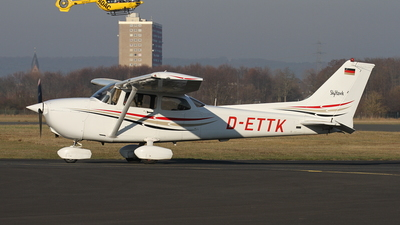 D-ETTK - Cessna 172R Skyhawk II - Aviation Training & Transport Center
