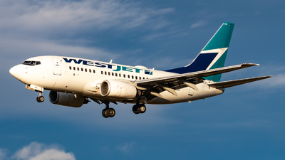 A picture of CGWCY - Boeing 7376CT - WestJet - © Grant Gladych