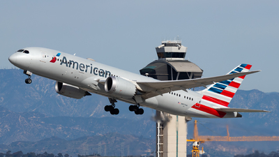 A picture of N807AA - Boeing 7878 Dreamliner - American Airlines - © Brandon Ravelo