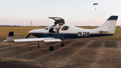 PR-ZAW - Lancair IV - Private