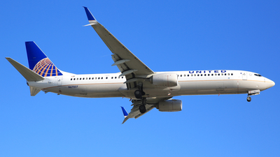 N67827 - Boeing 737-924ER - United Airlines