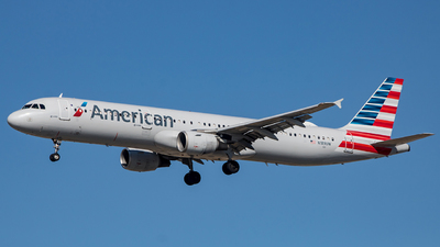 A picture of N189UW - Airbus A321211 - American Airlines - © Mark Brandon