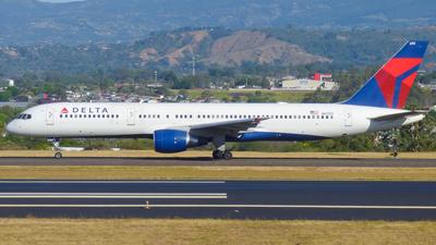 N6701 - Boeing 757-232 - Delta Air Lines