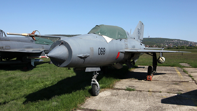 19 - Mikoyan-Gurevich MiG-21UM Lancer B - Hungary - Air Force