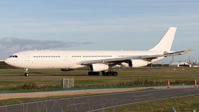 CS-TQZ - Airbus A340-313X - Hifly