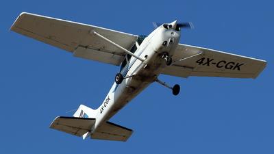 A picture of 4XCGK - Cessna 172 Skyhawk - [17274853] - © ikeharel