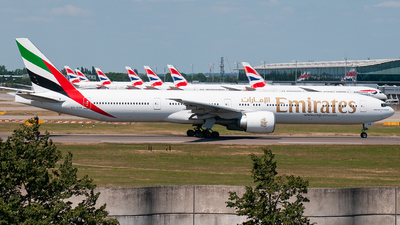 A picture of A6EGK - Boeing 77731H(ER) - Emirates - © Dom Smith (Aviationlife14)