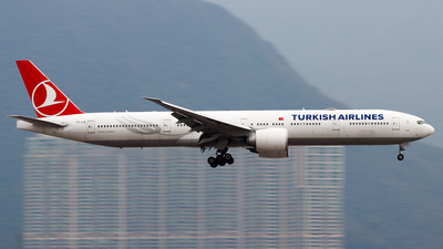 A picture of TCLJK - Boeing 7773F2(ER) - Turkish Airlines - © Chow Kin Hei - AHKGAP
