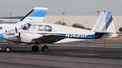 N1496P - Piper PA-23 Apache - Private