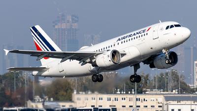 A picture of FGRXF - Airbus A319111 - Air France - © Grzesiek Krupa