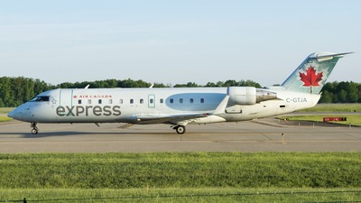 C-GTJA - Bombardier CRJ-200ER - Air Canada Express (Air Georgian)