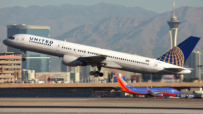 N522UA - Boeing 757-222 - United Airlines
