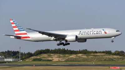 A picture of N729AN - Boeing 777323(ER) - American Airlines - © Akihiko Takahashi