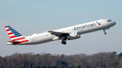 N545UW - Airbus A321-231 - American Airlines