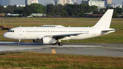 A picture of LYNVV - Airbus A320232 - Avion Express - © Sieu Viet