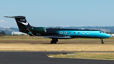 N3546 - Gulfstream G550 - Private